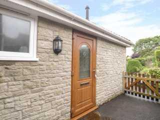 1 bedroom Cottage for rent in Westbury
