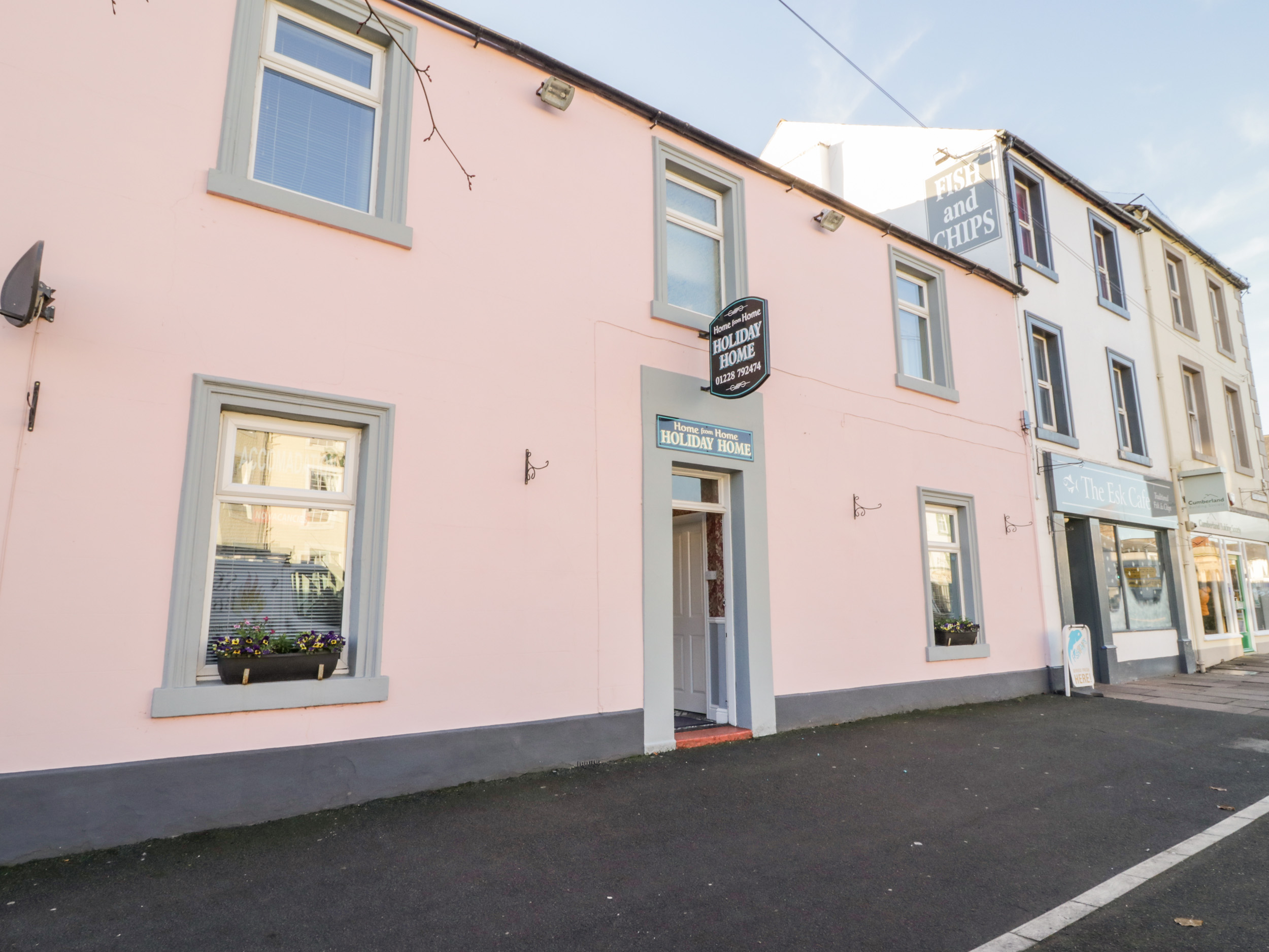 5 bedroom Cottage for rent in Longtown