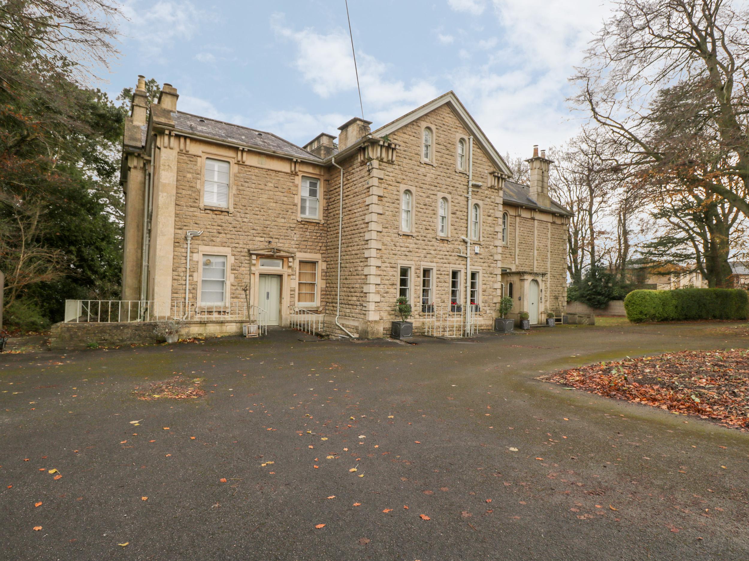 9 bedroom Cottage for rent in Bath