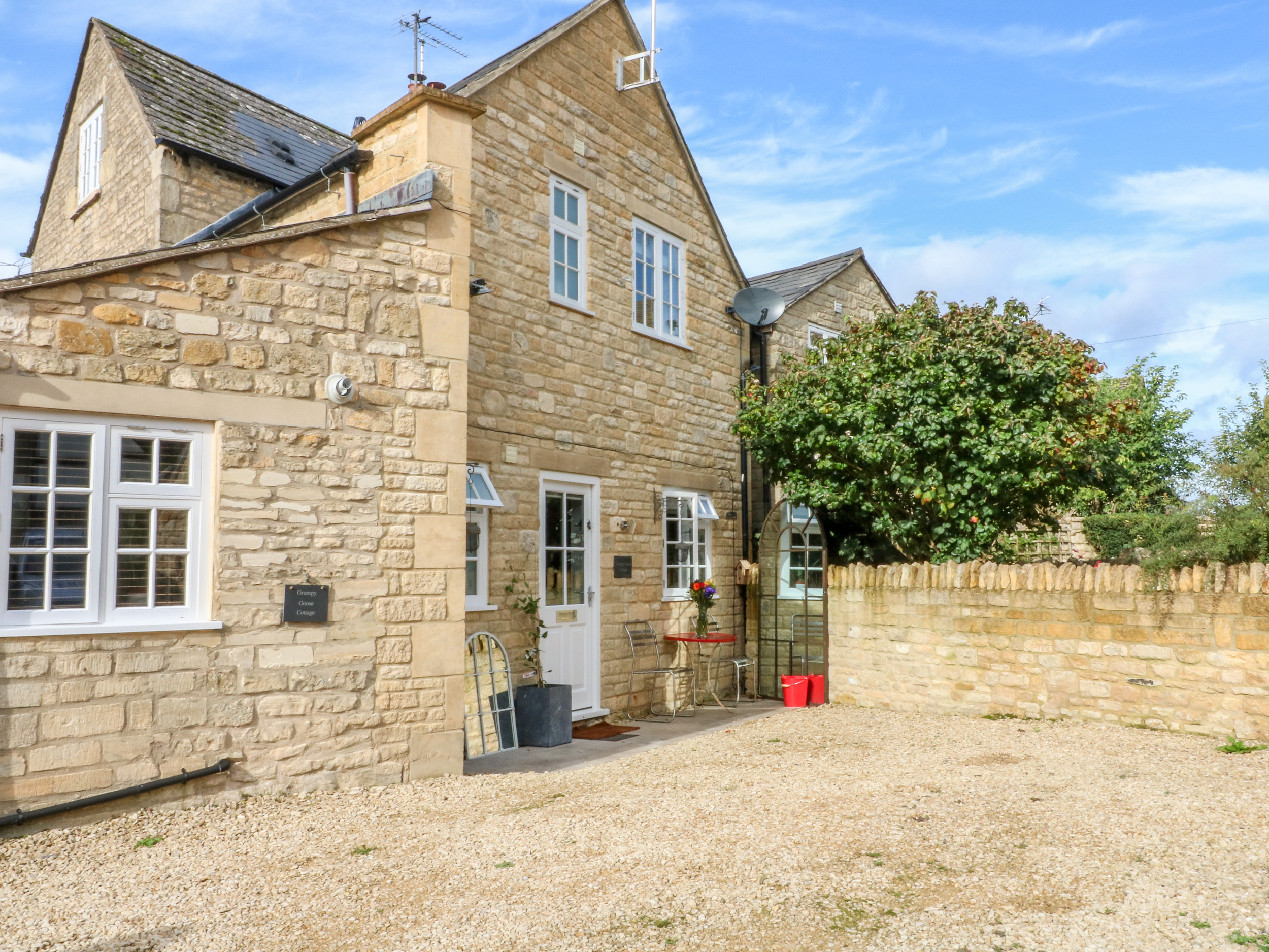 1 bedroom Cottage for rent in Winchcombe
