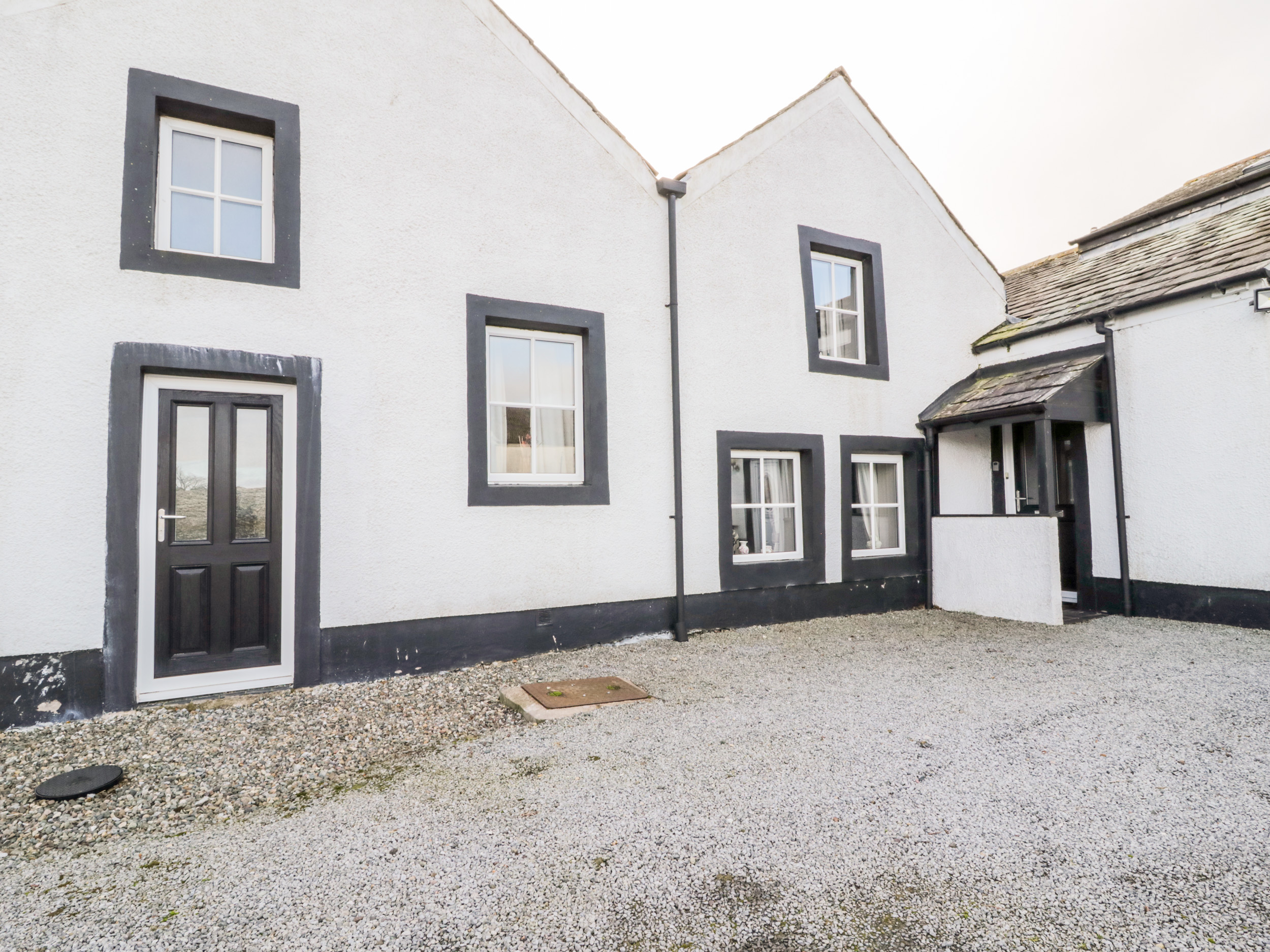 4 bedroom Cottage for rent in Great Clifton