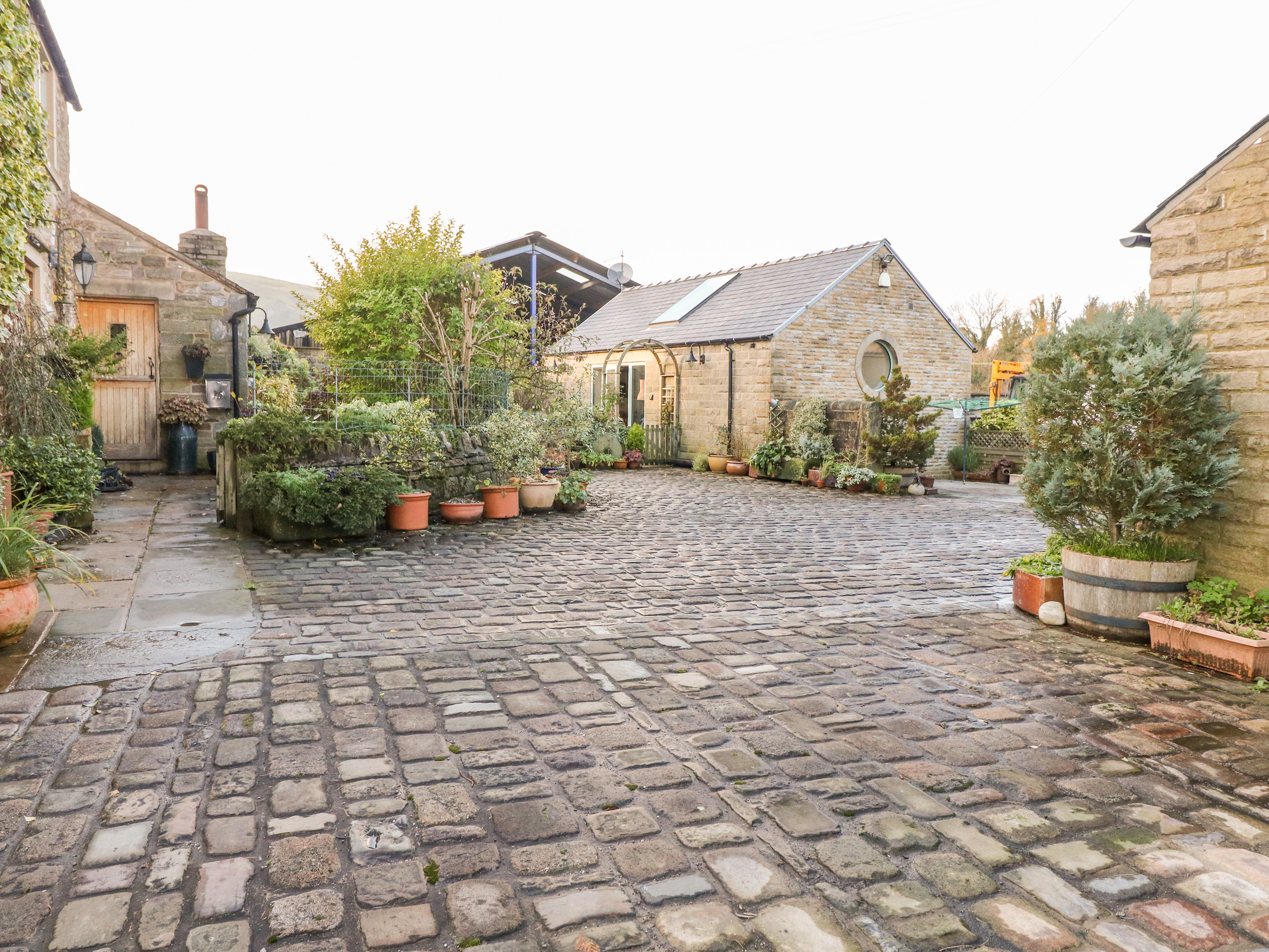 1 bedroom Cottage for rent in Chapel en le Frith