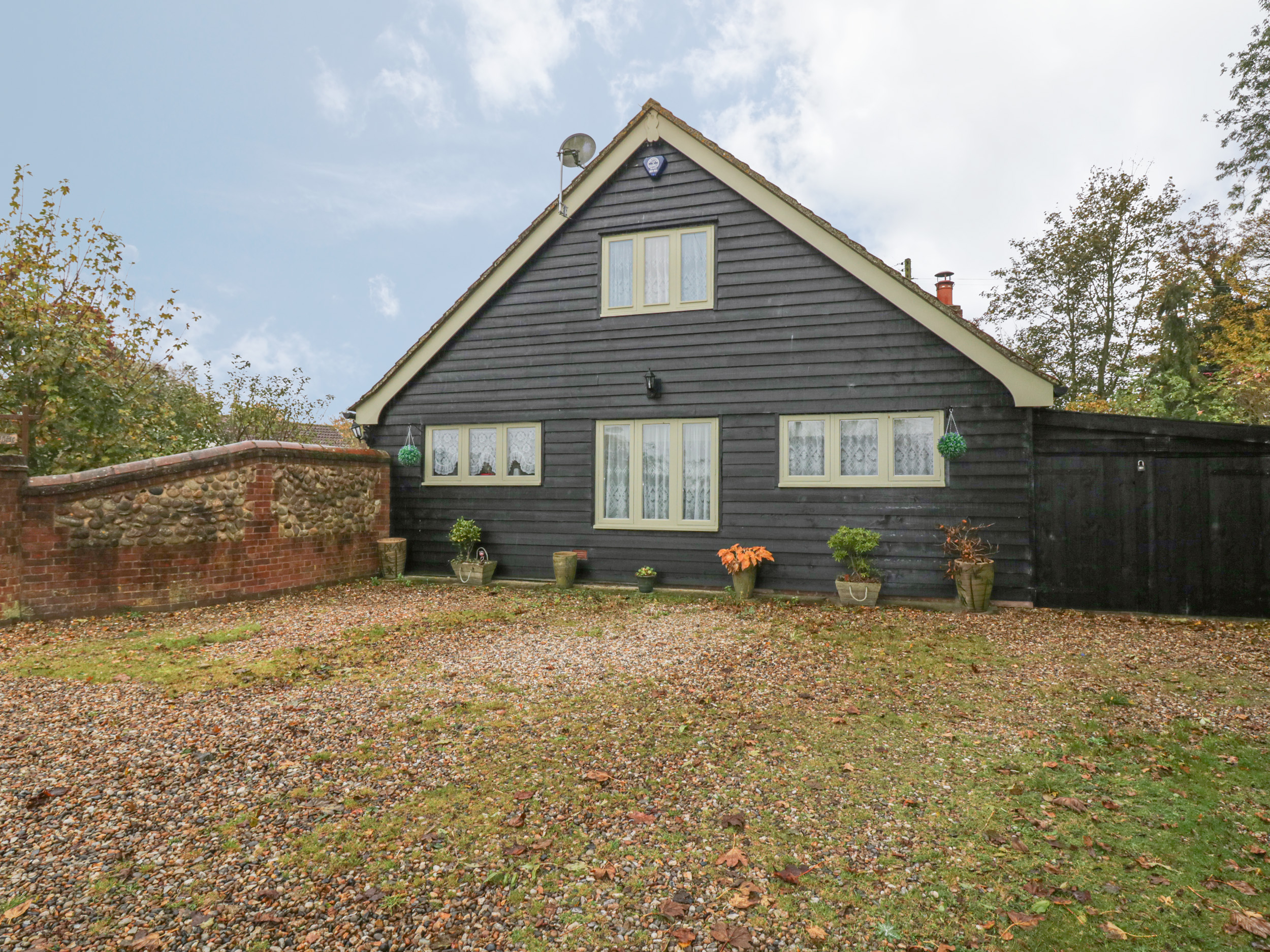 3 bedroom Cottage for rent in Bildeston