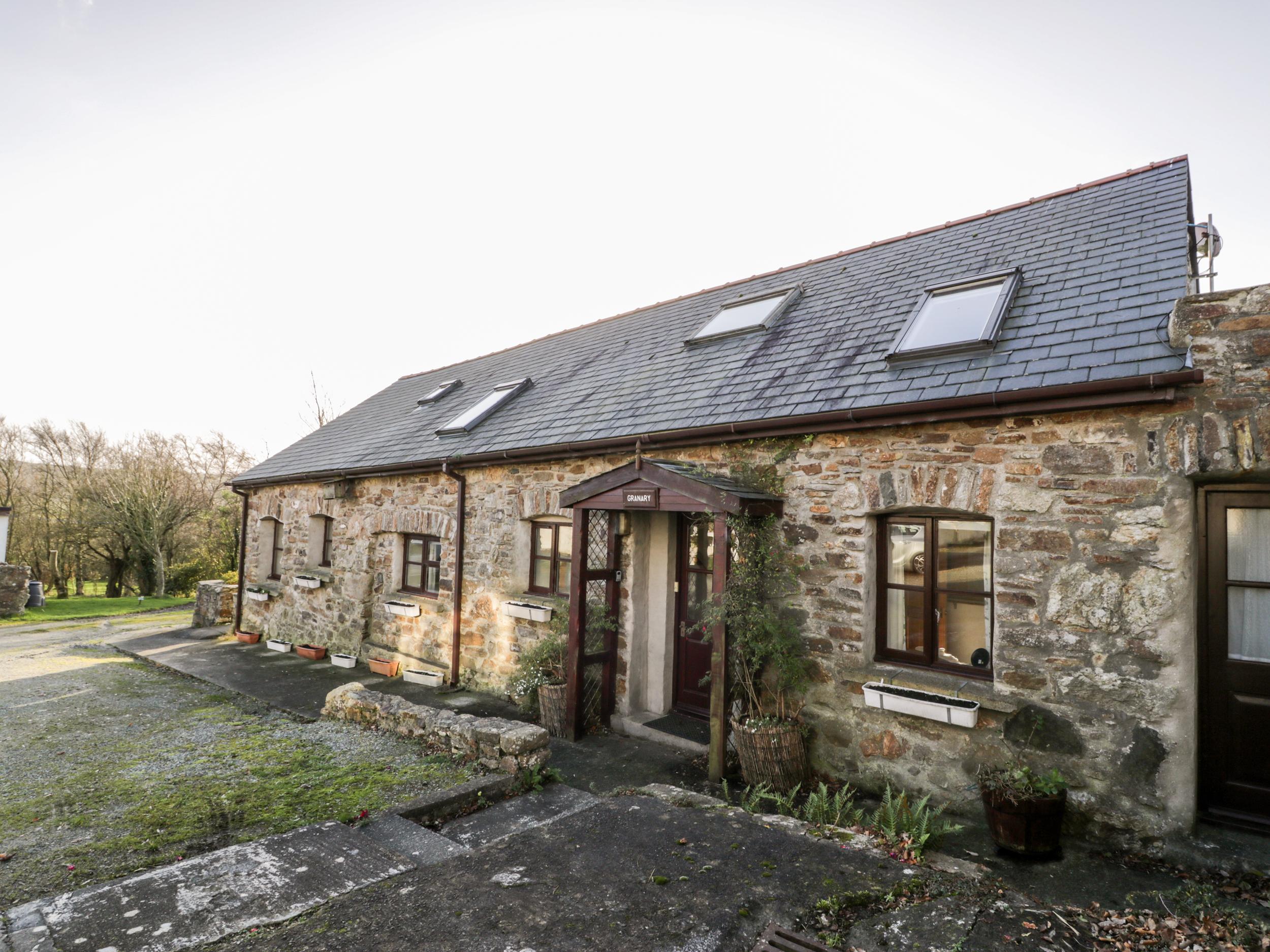 2 bedroom Cottage for rent in Llanerchymedd