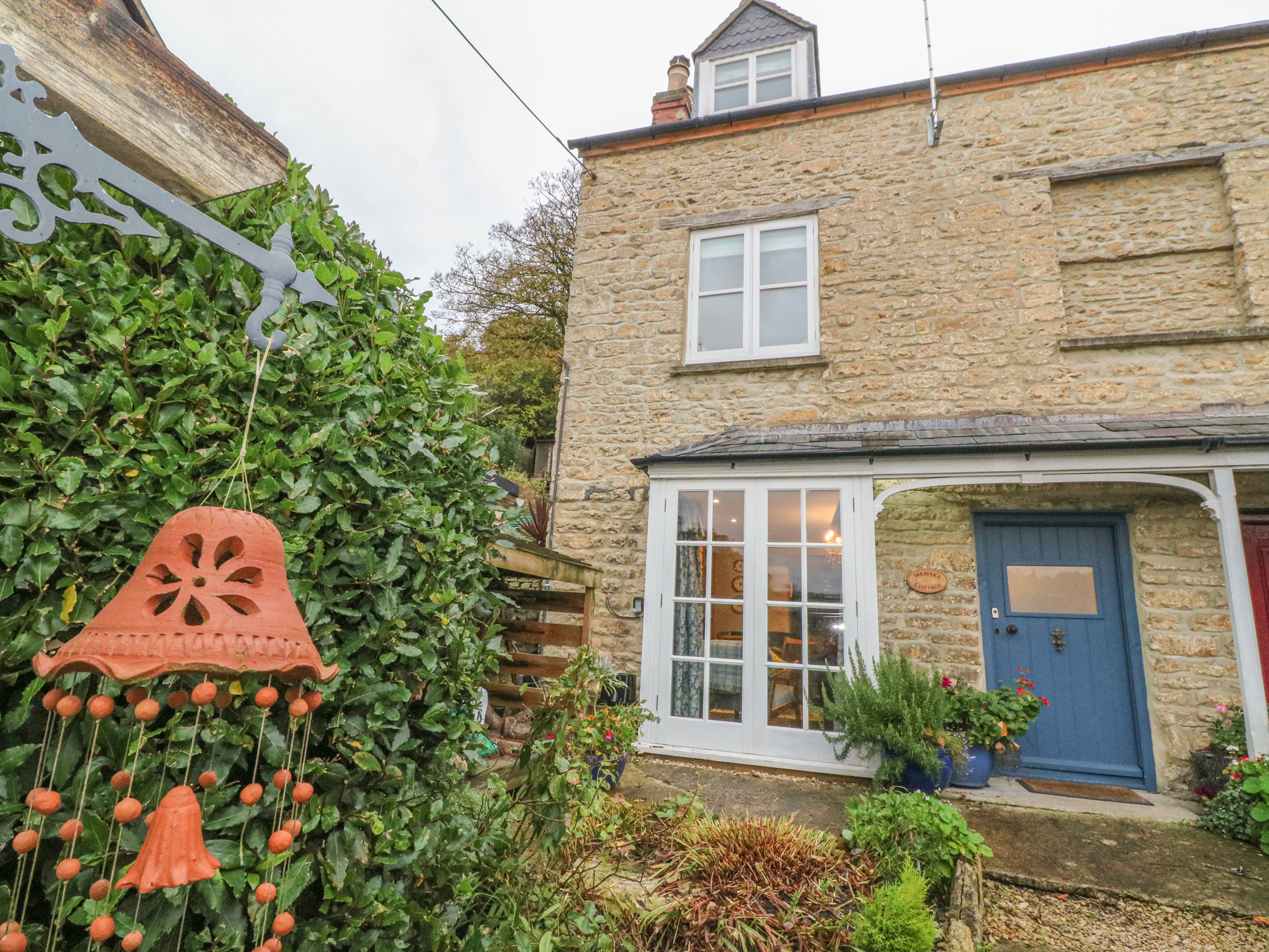 2 bedroom Cottage for rent in Stroud