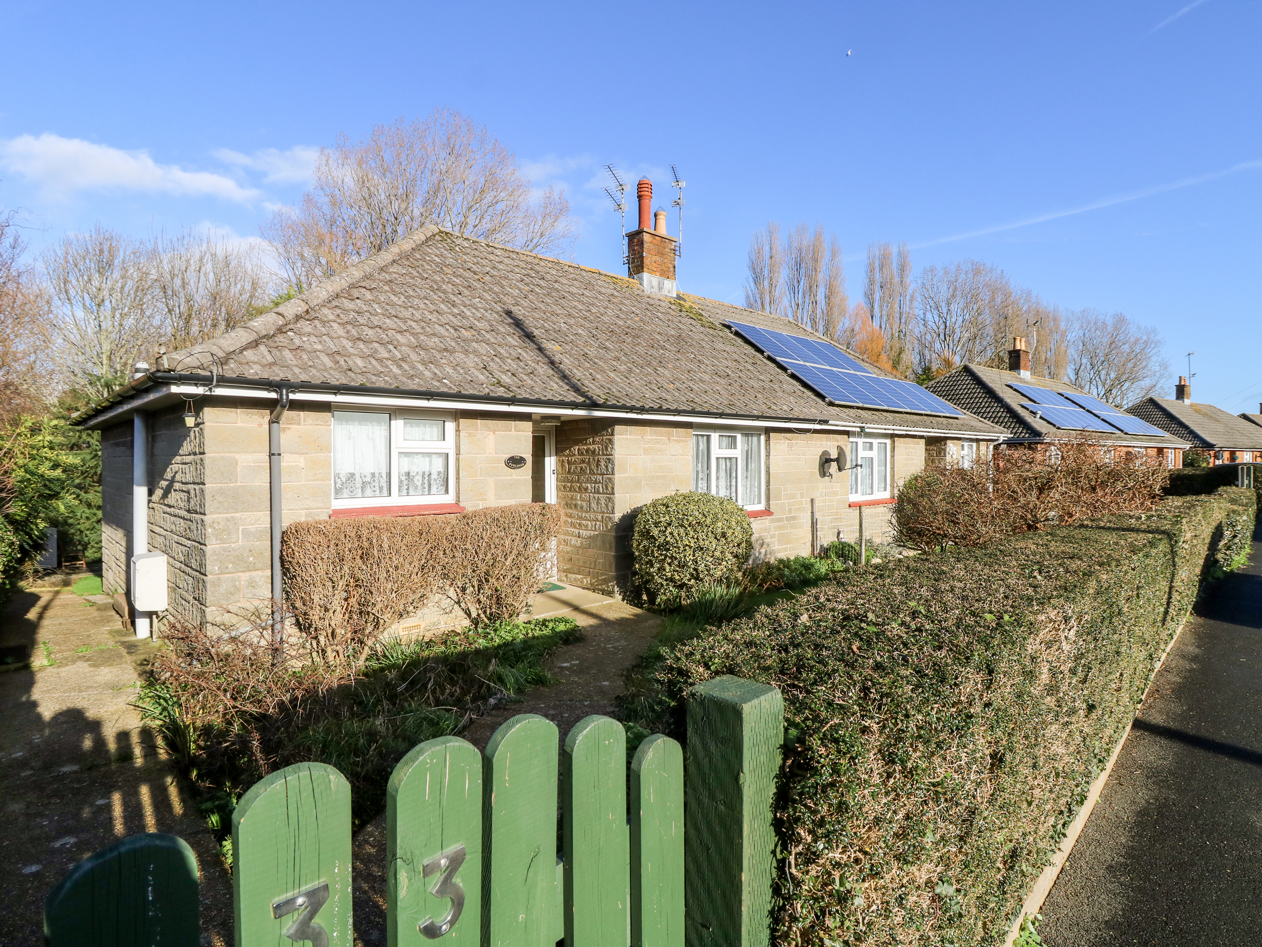 2 bedroom Cottage for rent in Brading