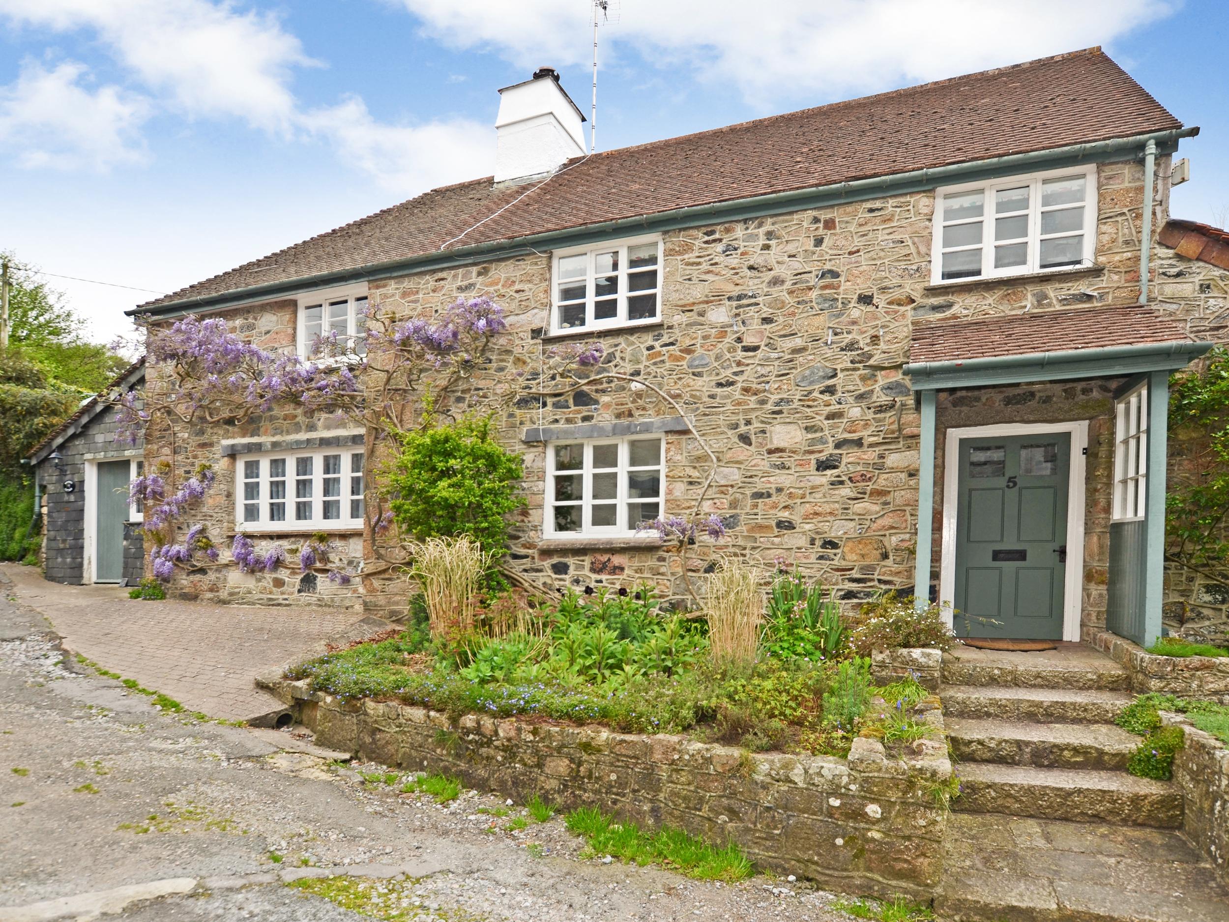 1 bedroom Cottage for rent in Buckfastleigh