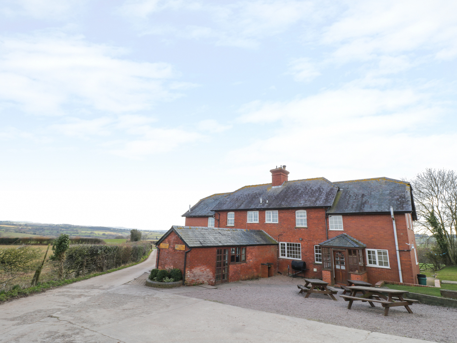9 bedroom Cottage for rent in Hereford