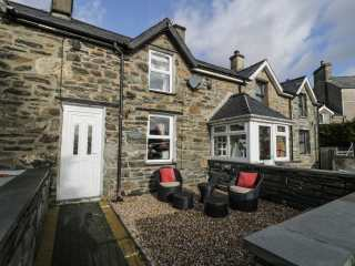 1 bedroom Cottage for rent in Blaenau Ffestiniog