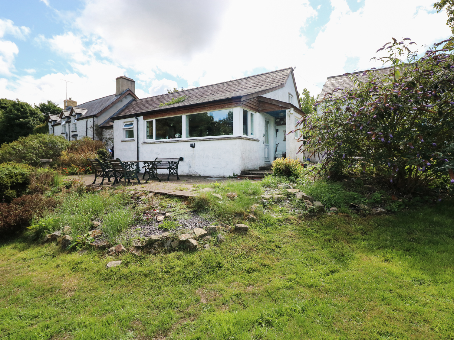 1 bedroom Cottage for rent in Llangrannog