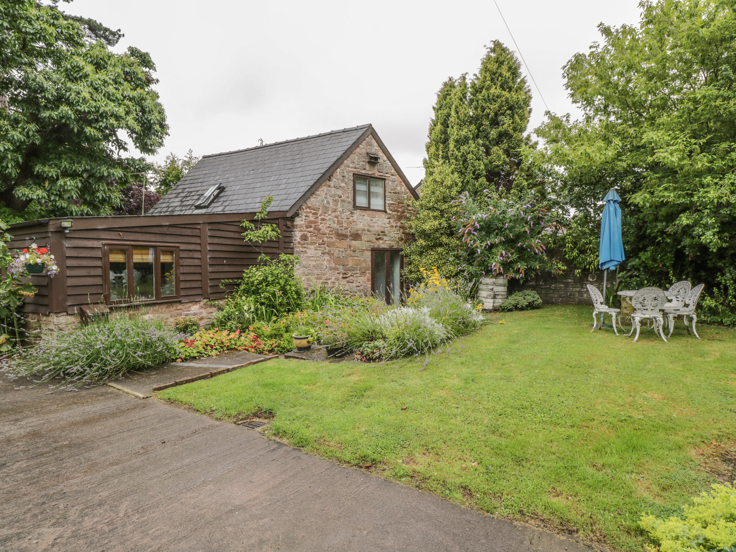2 bedroom Cottage for rent in Welsh Newton