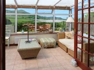 3 bedroom Cottage for rent in Falkland