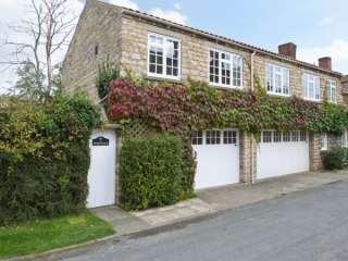 2 bedroom Cottage for rent in Hovingham