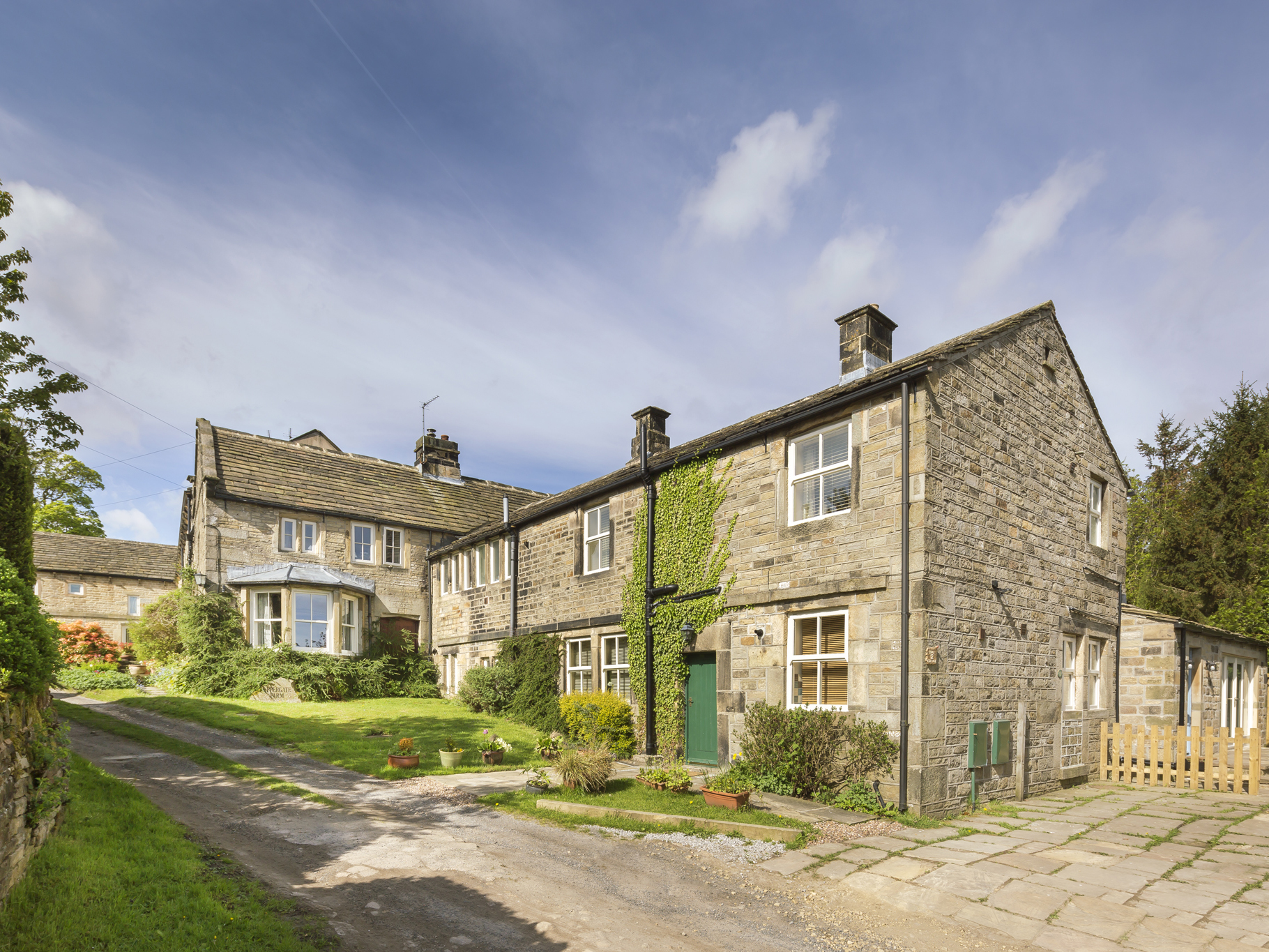 4 bedroom Cottage for rent in Holmfirth