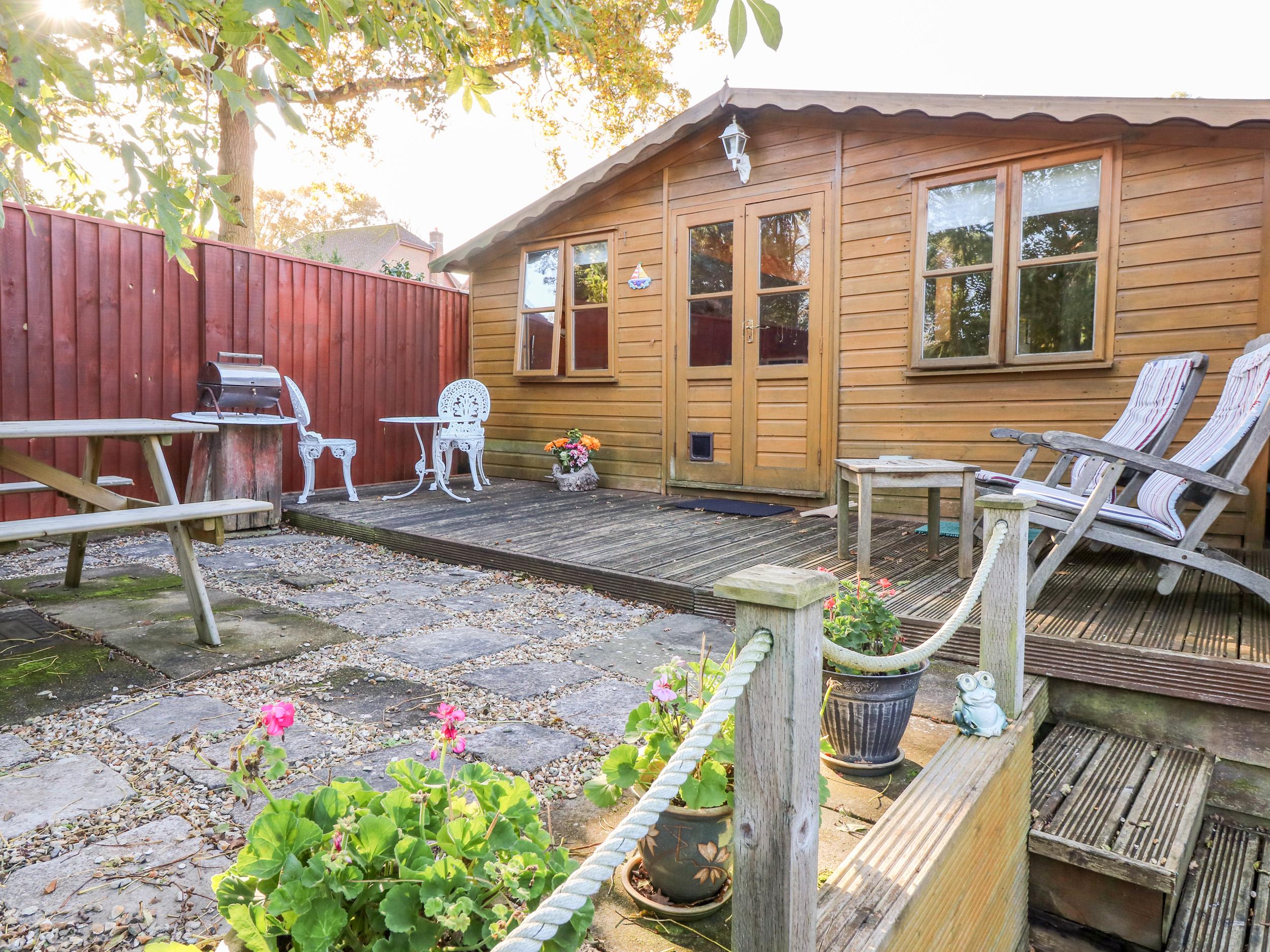 1 bedroom Cottage for rent in Fishbourne