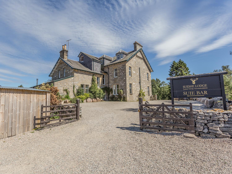 6 bedroom Cottage for rent in Kincraig