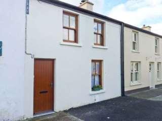 3 bedroom Cottage for rent in Castlebridge