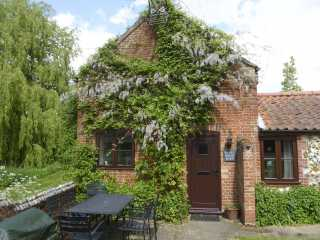 2 bedroom Cottage for rent in Coltishall