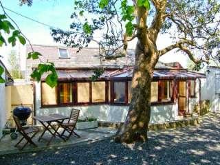 1 bedroom Cottage for rent in Gaerwen