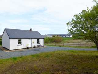 2 bedroom Cottage for rent in Derrybeg
