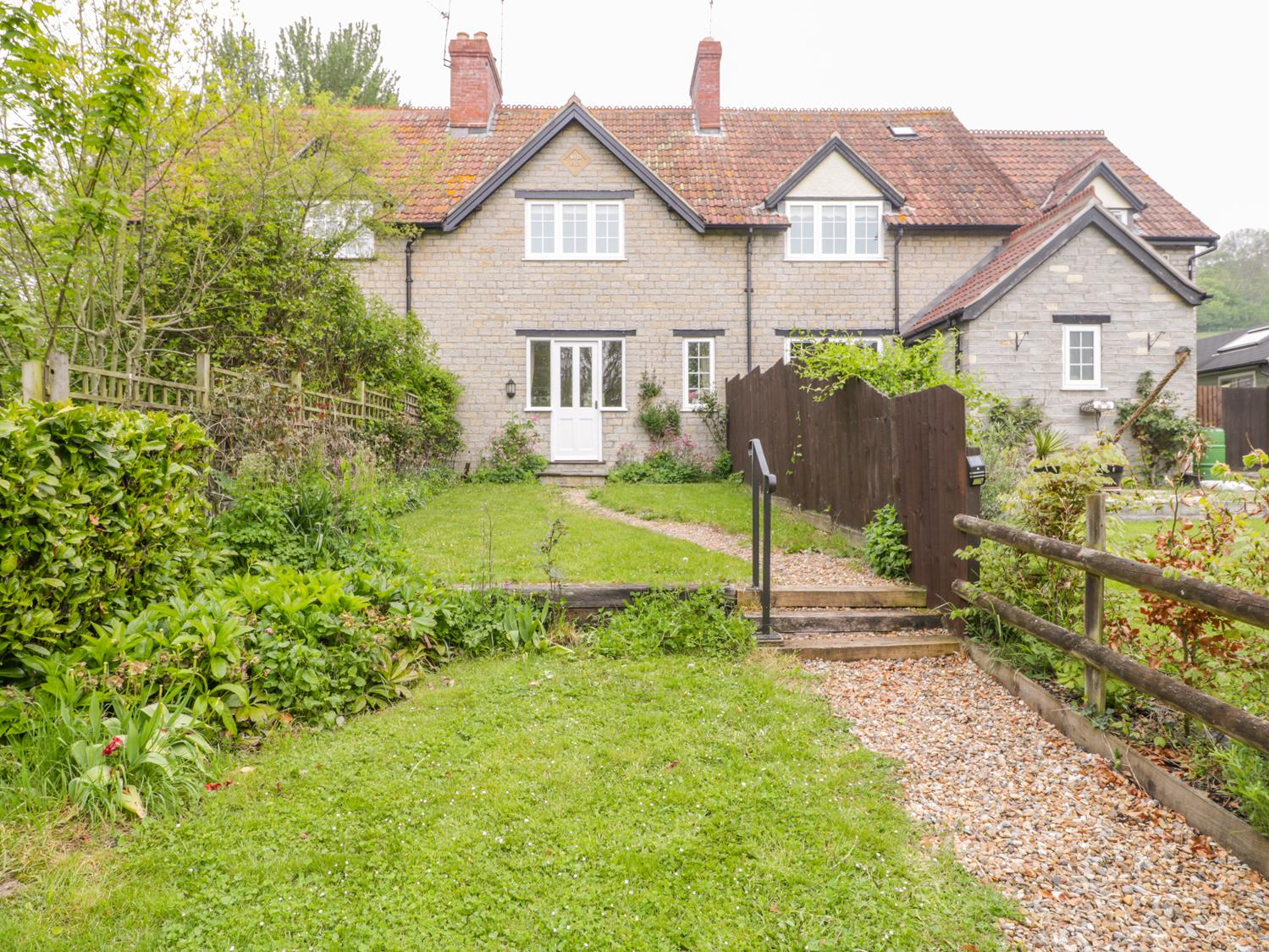 1 bedroom Cottage for rent in Somerton