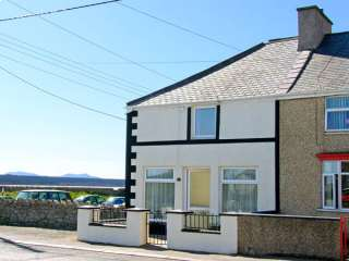 3 bedroom Cottage for rent in Malltraeth