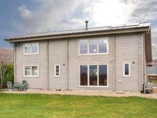 3 bedroom Cottage for rent in Roy Bridge