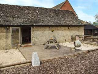 2 bedroom Cottage for rent in Lechlade-on-Thames