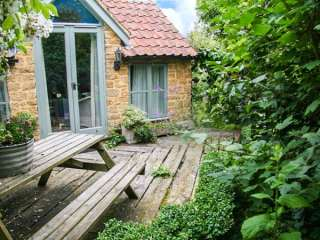 1 bedroom Cottage for rent in Crewkerne