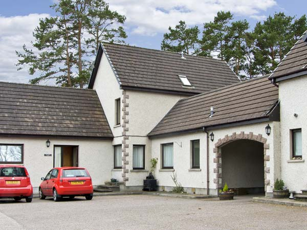 2 bedroom Cottage for rent in Newtonmore