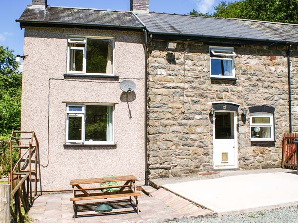 2 bedroom Cottage for rent in Llanbrynmair