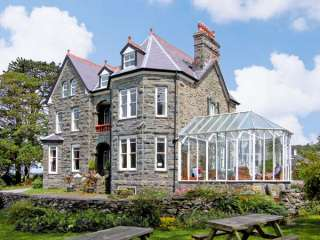 7 bedroom Cottage for rent in Harlech