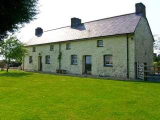 3 bedroom Cottage for rent in Pembrey