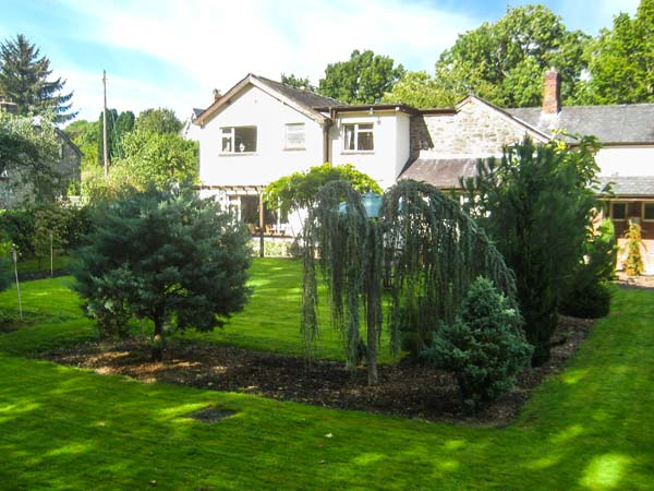 6 bedroom Cottage for rent in Caersws