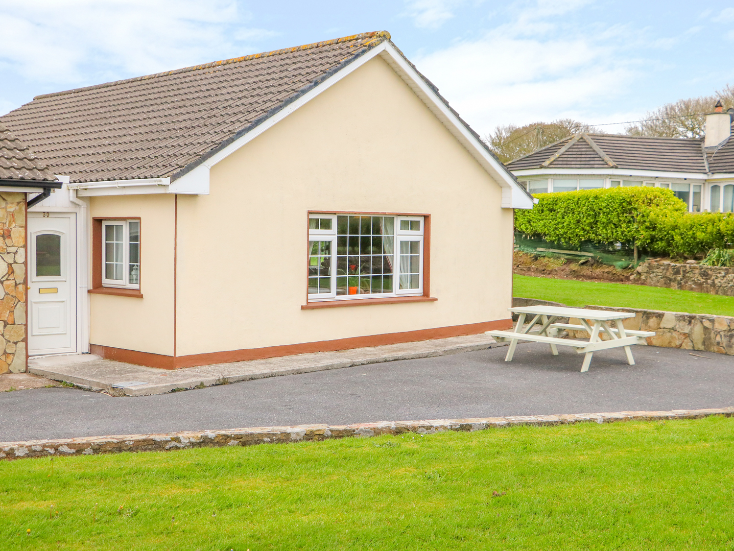 2 bedroom Cottage for rent in Ardmore