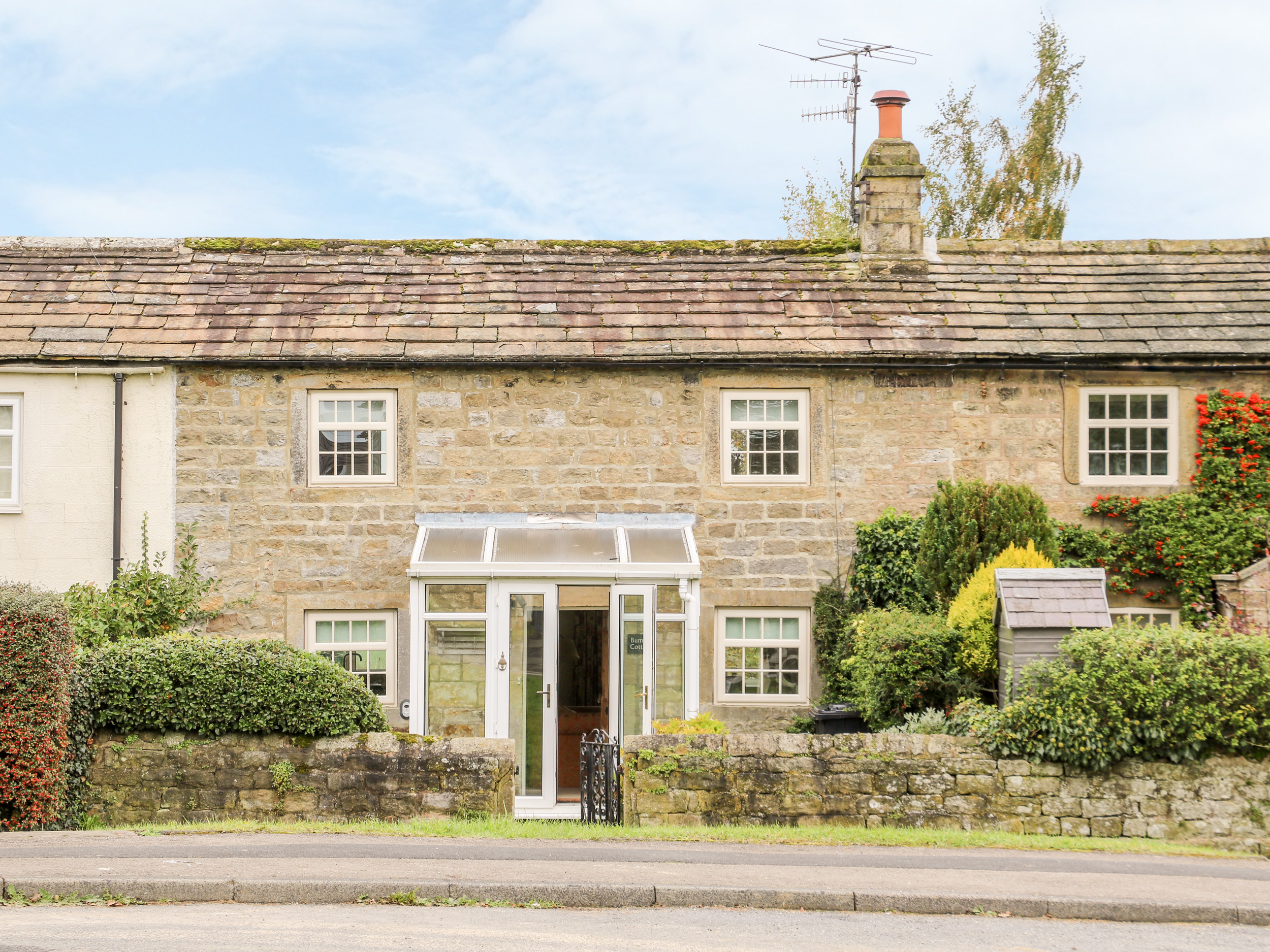2 bedroom Cottage for rent in Harrogate