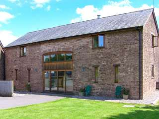 4 bedroom Cottage for rent in Monmouth