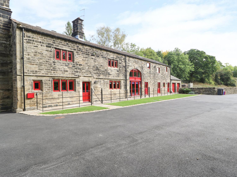 7 bedroom Cottage for rent in Stocksbridge
