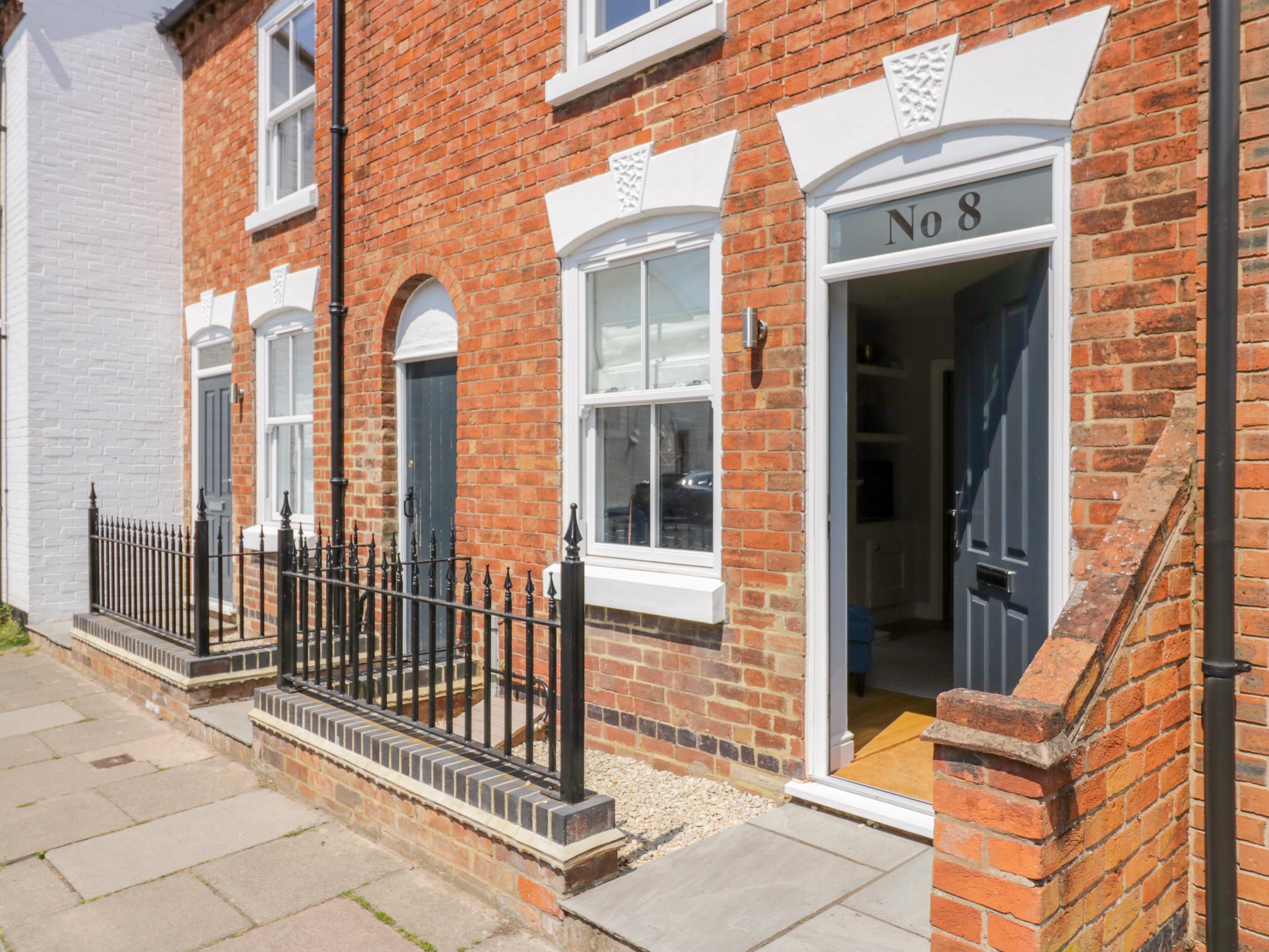 2 bedroom Cottage for rent in Stratford upon Avon