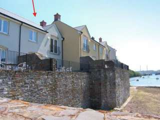 3 bedroom Cottage for rent in Milford Haven
