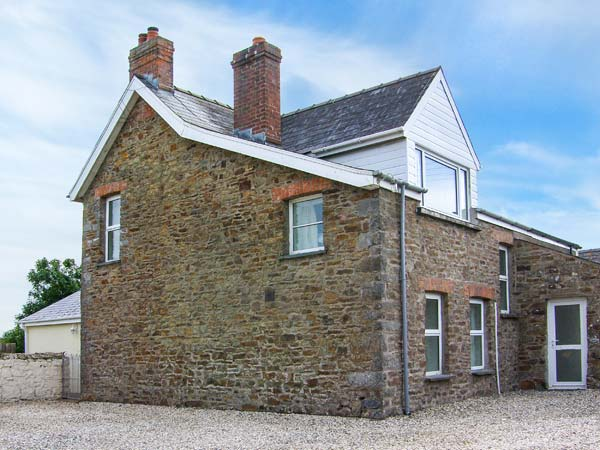 3 bedroom Cottage for rent in Little Haven