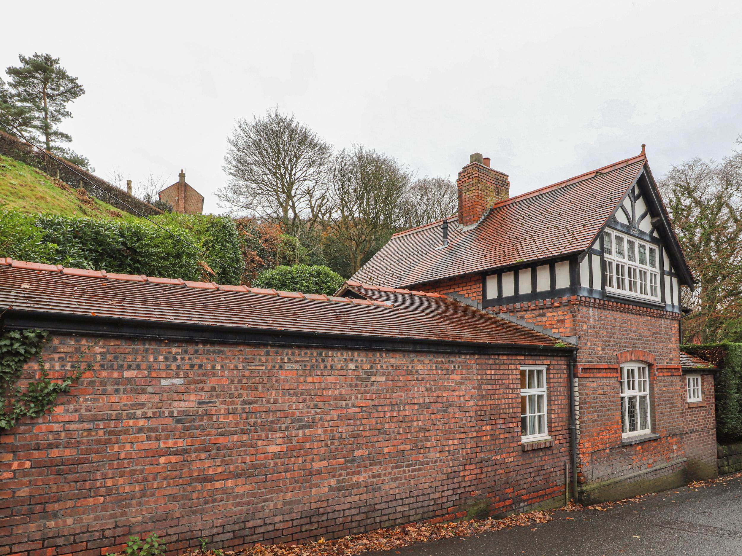 1 bedroom Cottage for rent in Frodsham