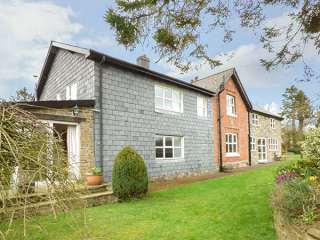 3 bedroom Cottage for rent in Llandrindod Wells