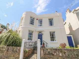 6 bedroom Cottage for rent in Binstead