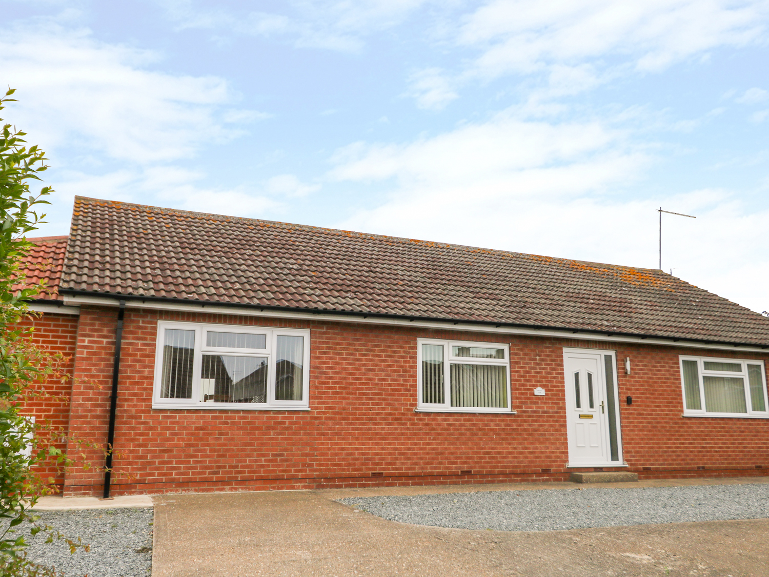 4 bedroom Cottage for rent in Seaton, Cornwall