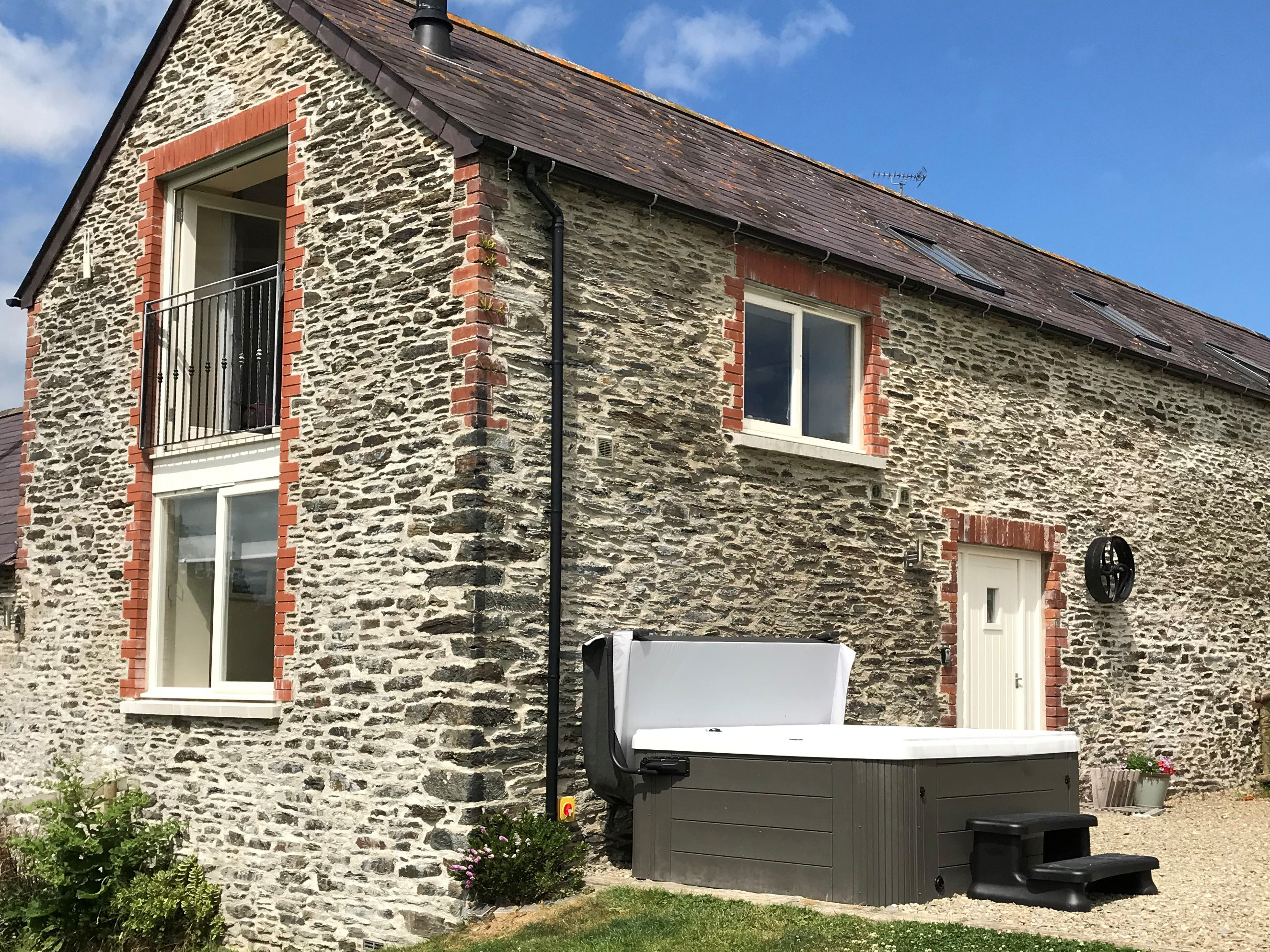 3 bedroom Cottage for rent in Cardigan