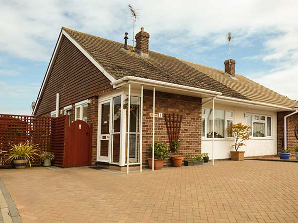 2 bedroom Cottage for rent in Clacton on Sea