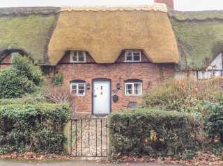 2 bedroom Cottage for rent in Evesham