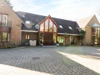 5 bedroom Cottage for rent in Southampton