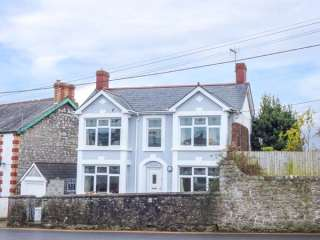 3 bedroom Cottage for rent in Cowbridge